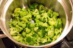 Quickly steamed broccoli